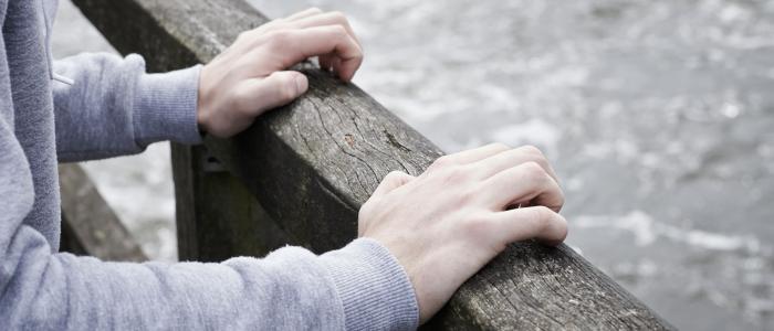 Herken de signalen van suïcidale gedachten