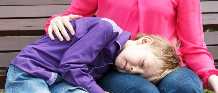 Kind slaapt slechter als moeder ook slaapproblemen heeft