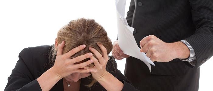 Stress door je baas? Blijf er niet mee rondlopen!