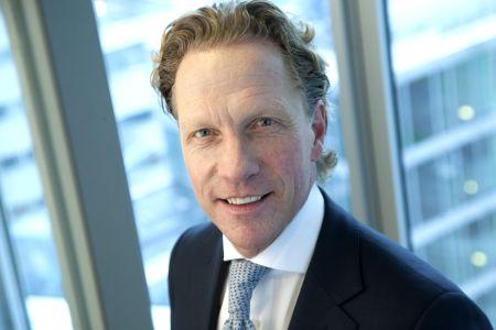 mr. Manfred Kühl MRICS CEO van Holland Immo Group